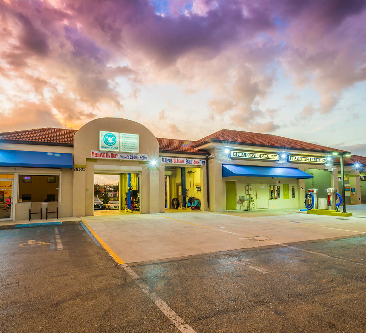 Repair Shop at Sunset | Super Suds Car Wash & Auto Repair - Bonita Springs, FL